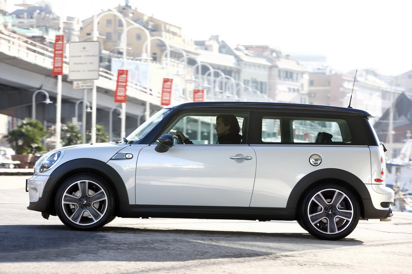 MINI Clubman Soho Special Edition — Just For Italy