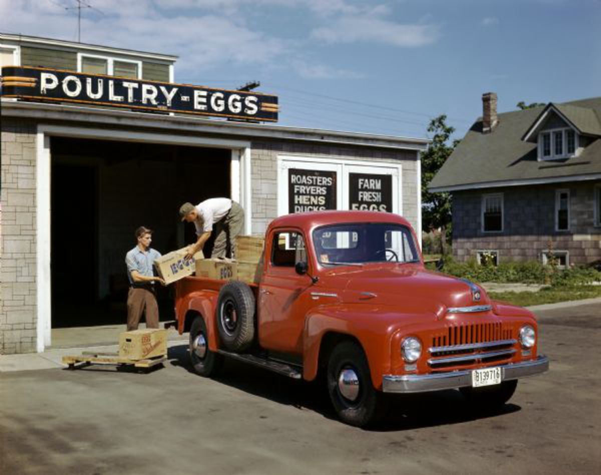 Wisconsin Historical Images - Loading Eggs into International L ...