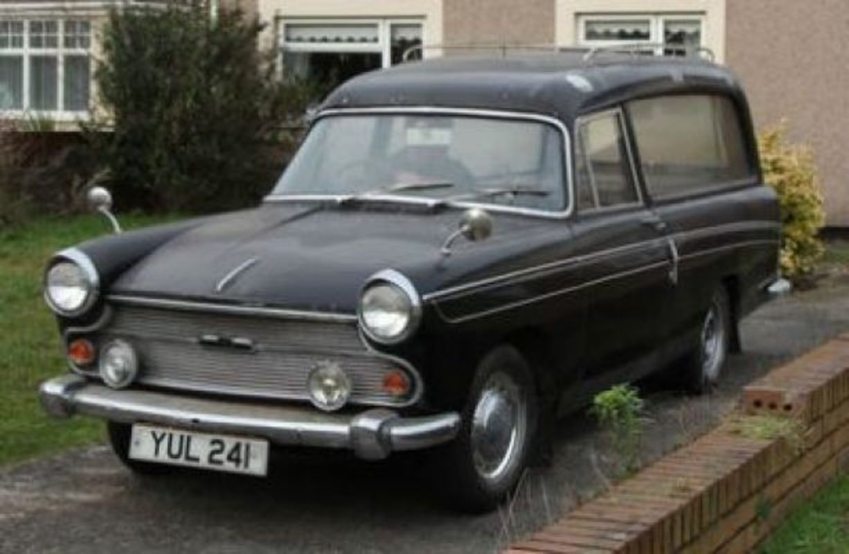 PlateWave - YUL241 / YUL 241: Austin A60 Cambridge (ADO38) HEARSE (
