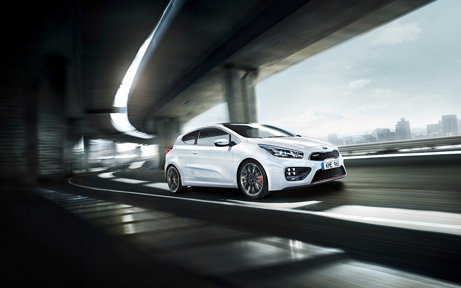 Kia-Pro-ceed-GT-hatchback-motion-view Photo on March 6, 2013 ...