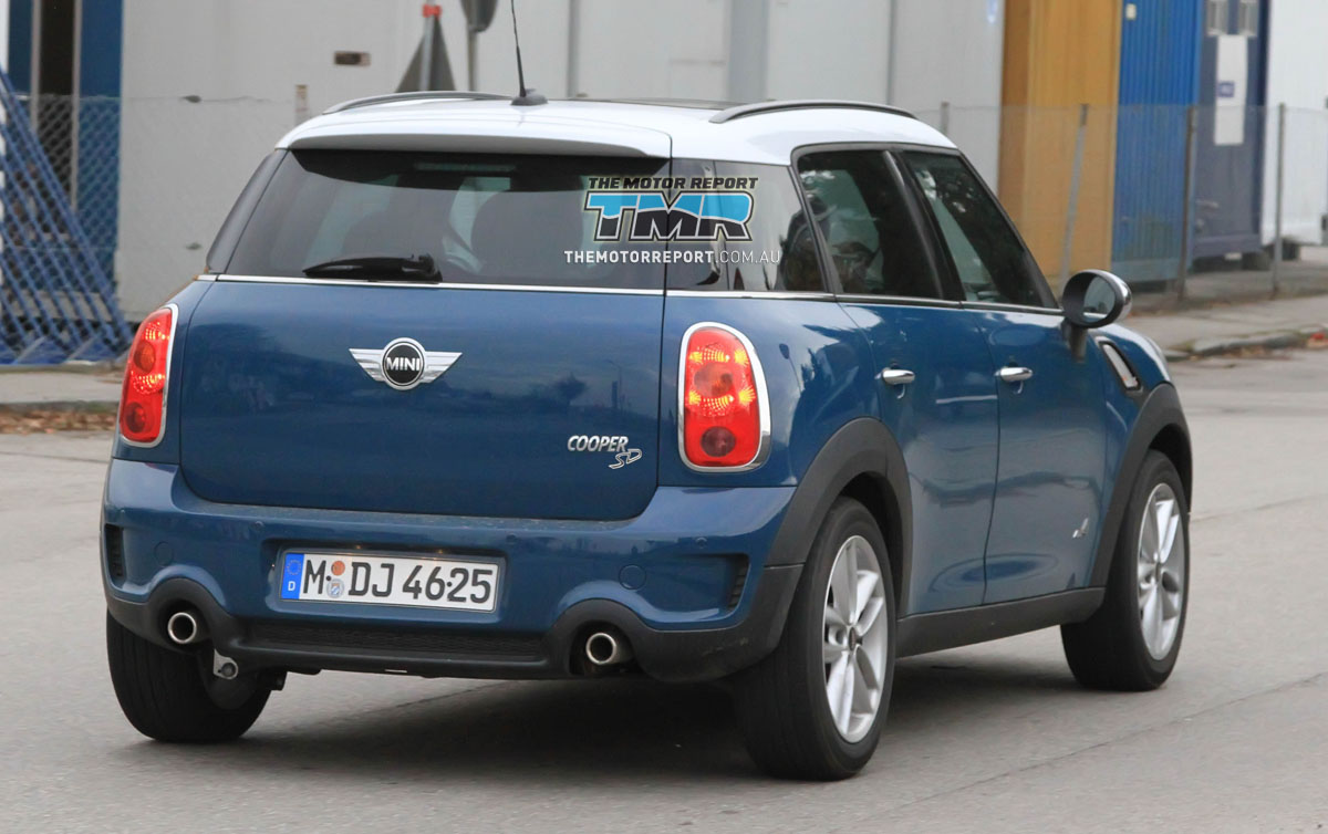 View of Mini One Countryman. Photos, video, features and tuning of ...