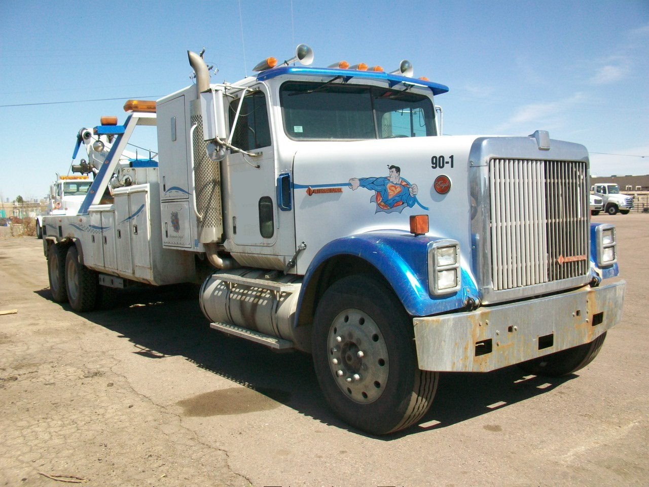 1990 International 9800 with Challenger 6801 TI - Mid America ...