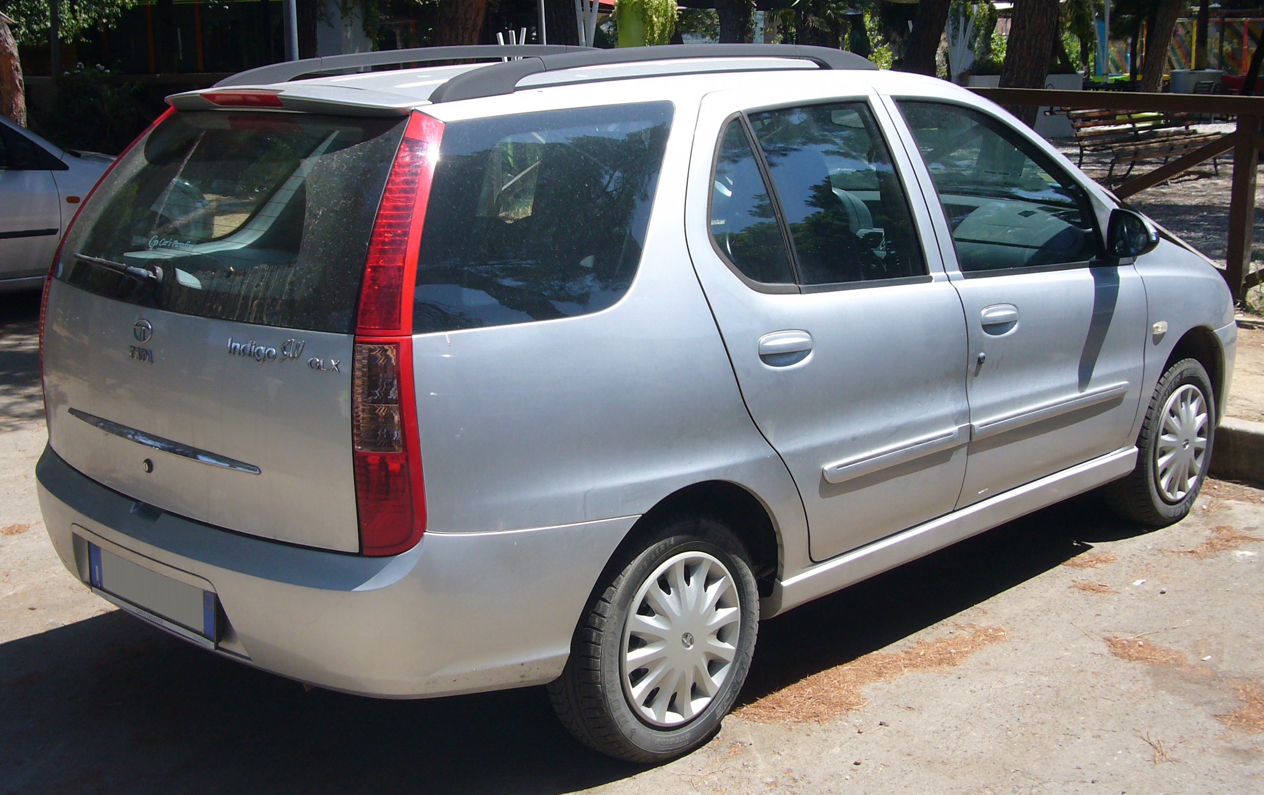 File:Tata Indigo SW (Marina) rear quarter.jpg - Wikimedia Commons