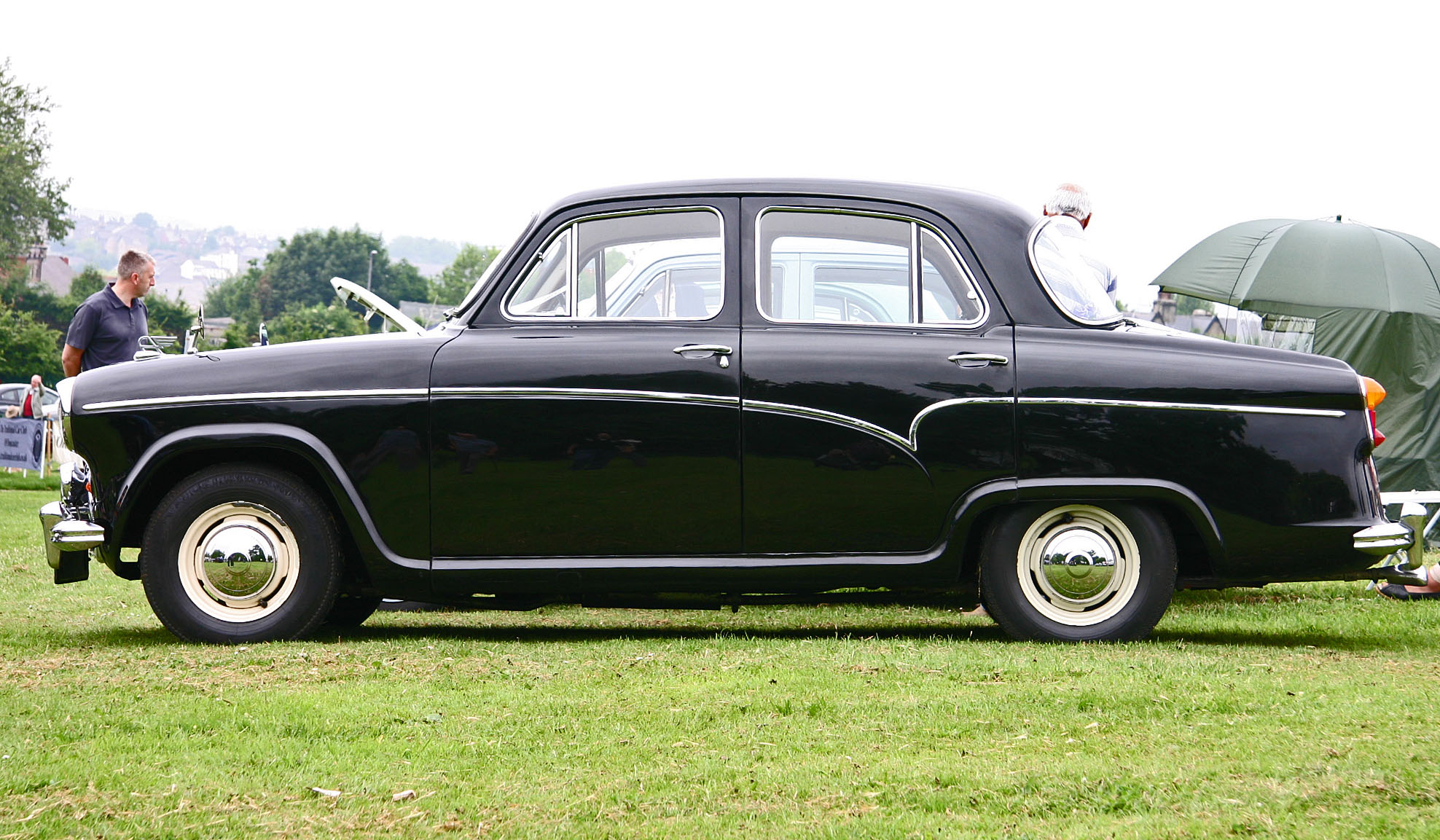 File:Austin A55 Cambridge side.jpg - Wikimedia Commons
