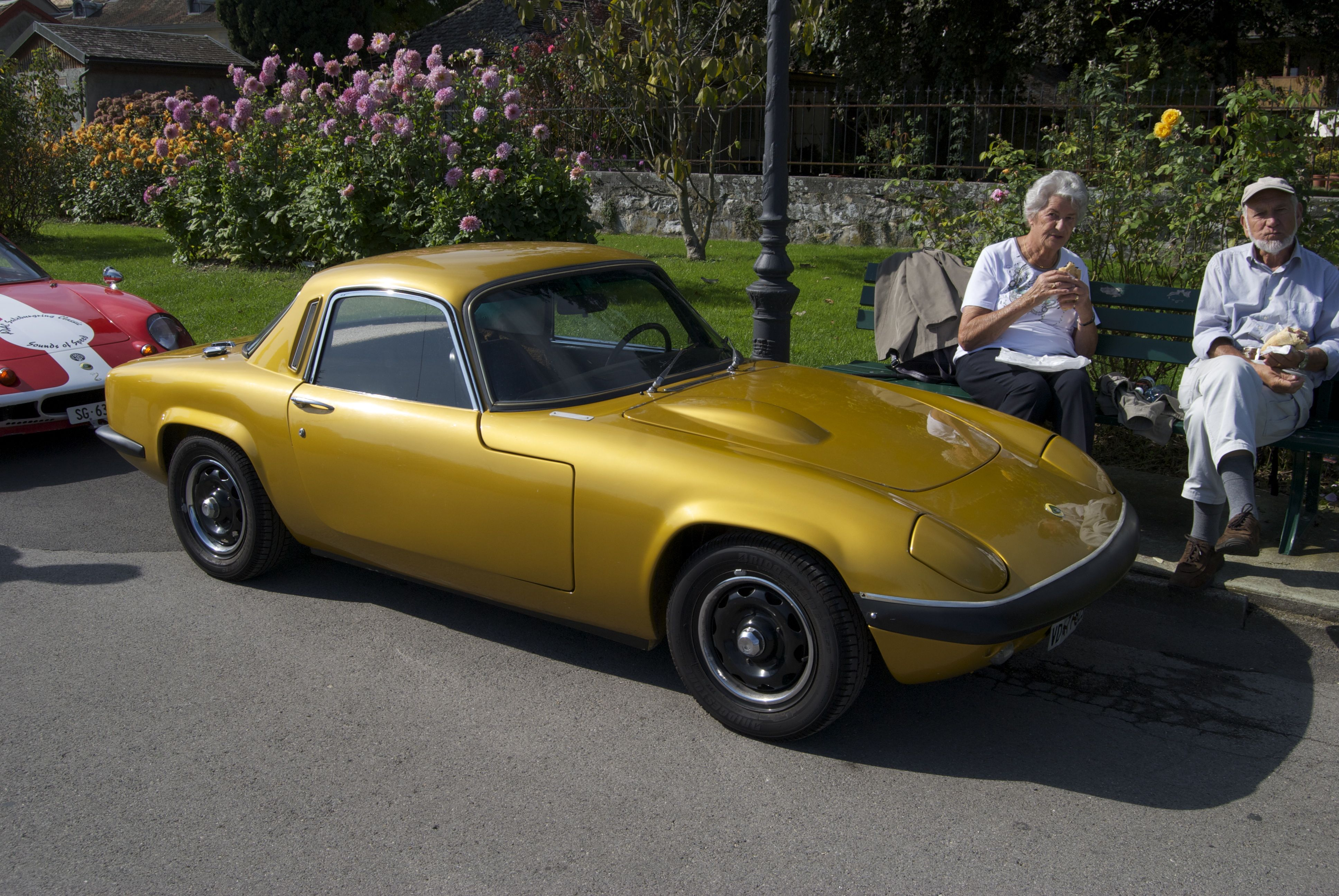 Lotus Elan Sprint | … and other cars