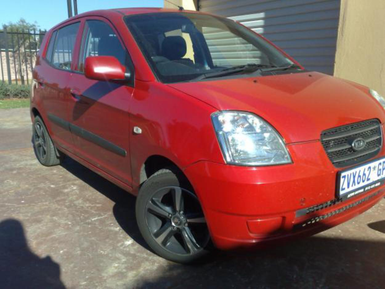 Pictures of Red Hot Kia Picanto 1.1 LX 2006. Excellent Condition ...