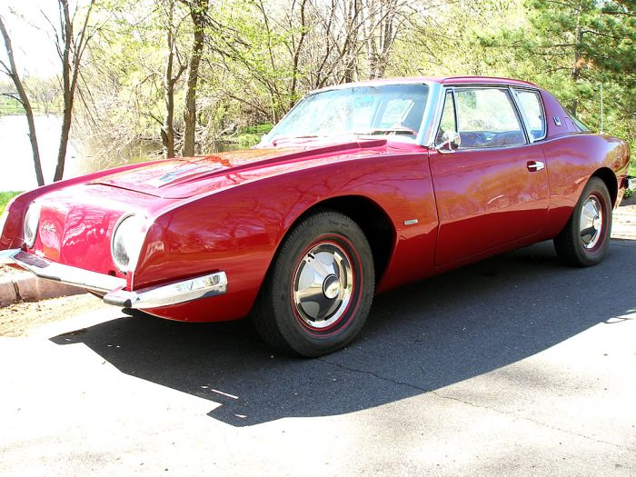 Studebaker Avanti R2 | Hemmings Blog