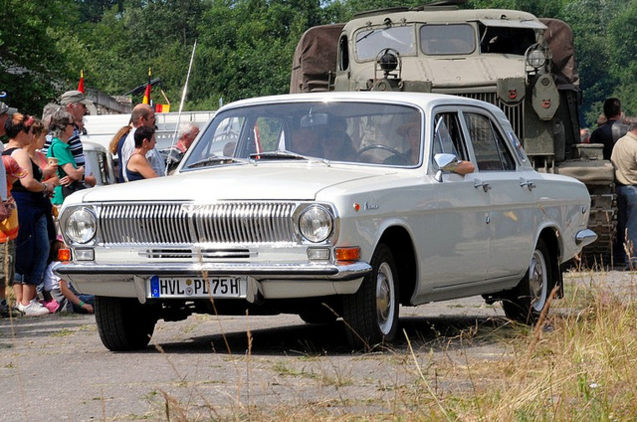 GAZ 2401 | Flickr - Photo Sharing!