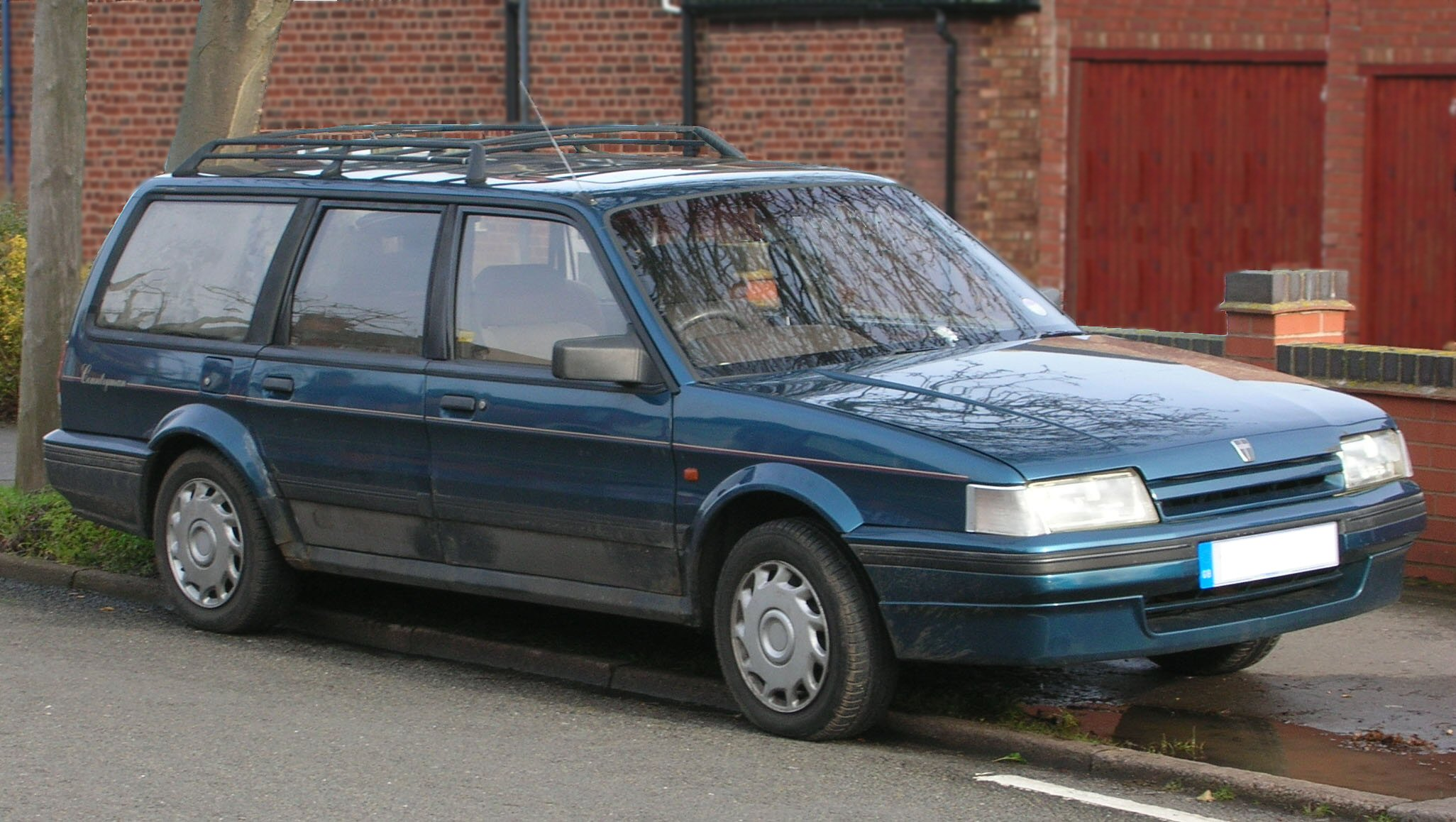 File:Rover Montego Estate Countryman 2.0i 1993.jpg - Wikimedia Commons