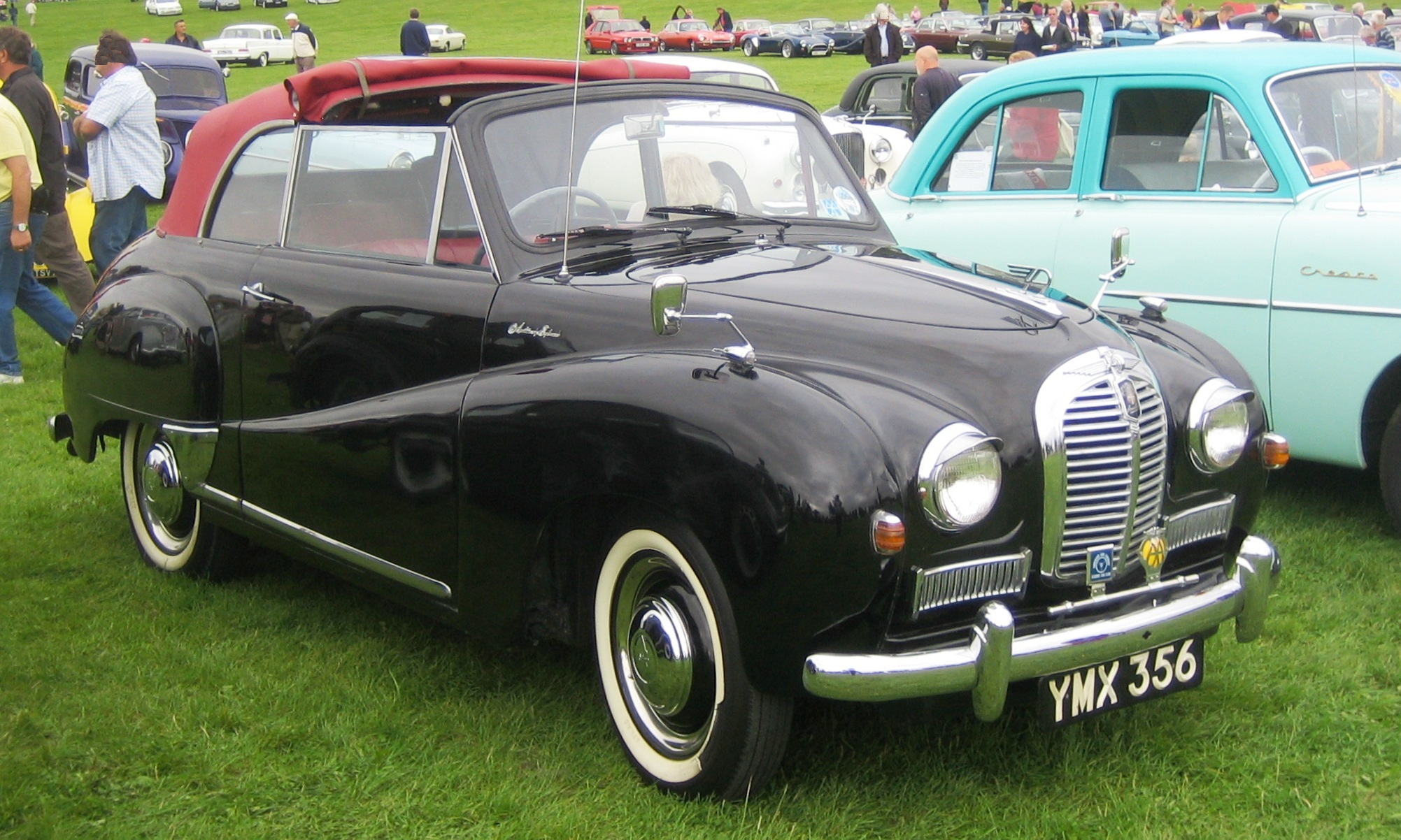 File:Austin A40 Somerset convertible ca 1954.jpg - Wikimedia Commons