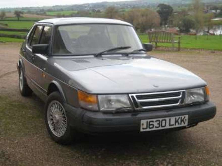 Sold or Removed: Saab 900 i 16v Classic 5dr Manual (Car: advert ...