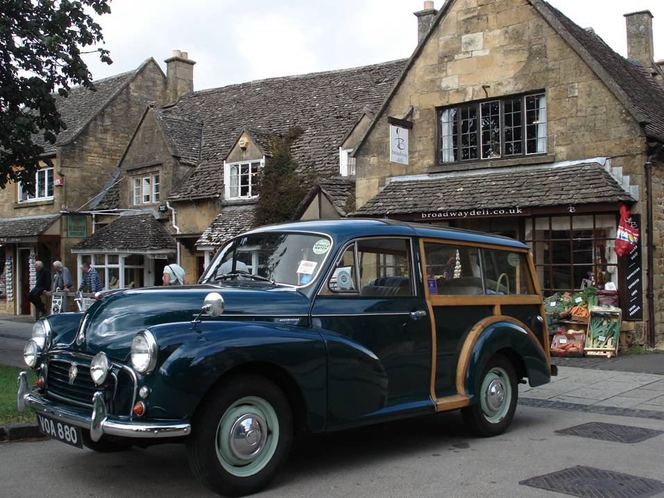 Cars: MORRIS MINOR TRAVELLER