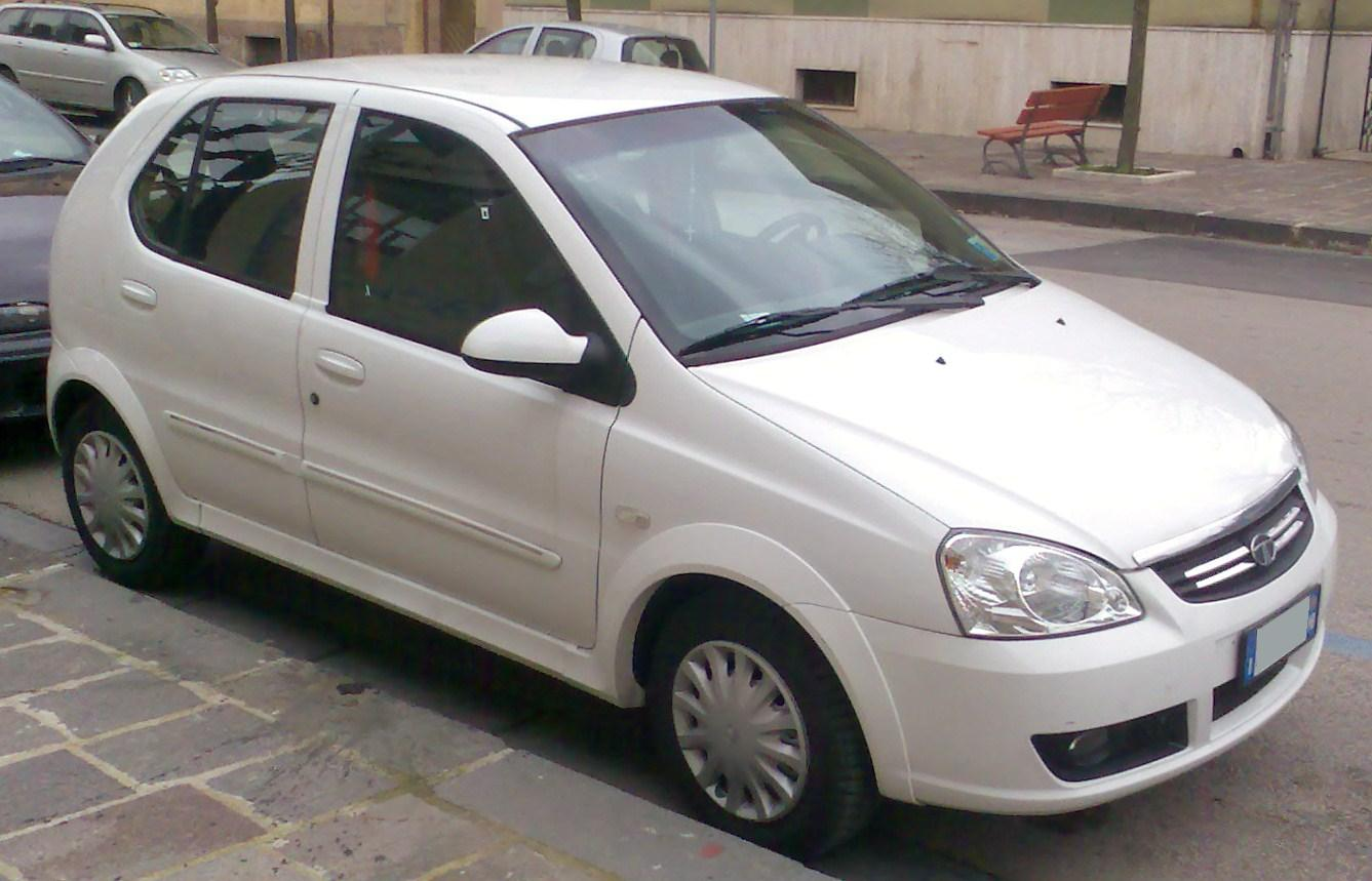 File:2009 Tata Indica V2 white.jpg - Wikimedia Commons