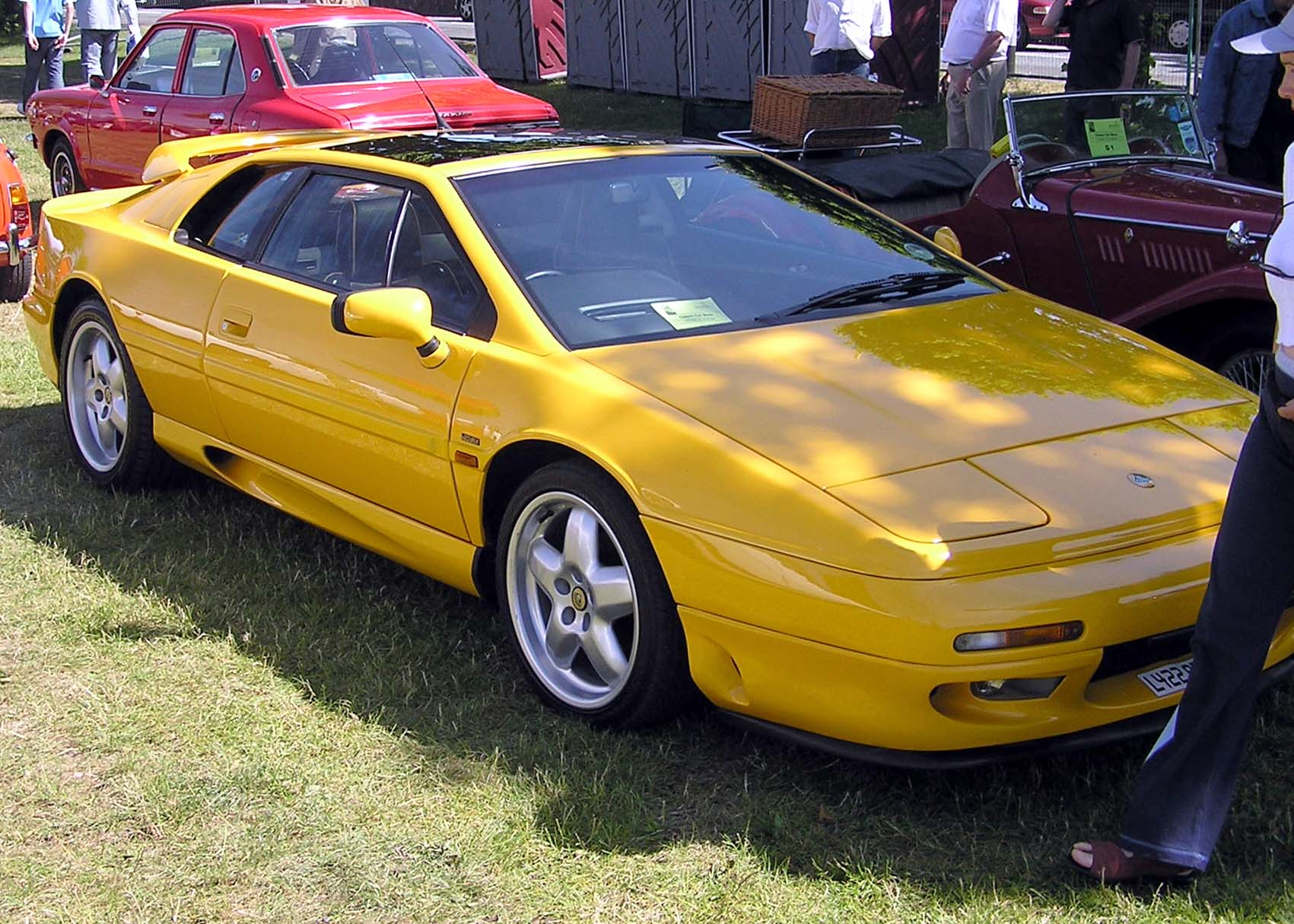 Lotus Esprit: Photo