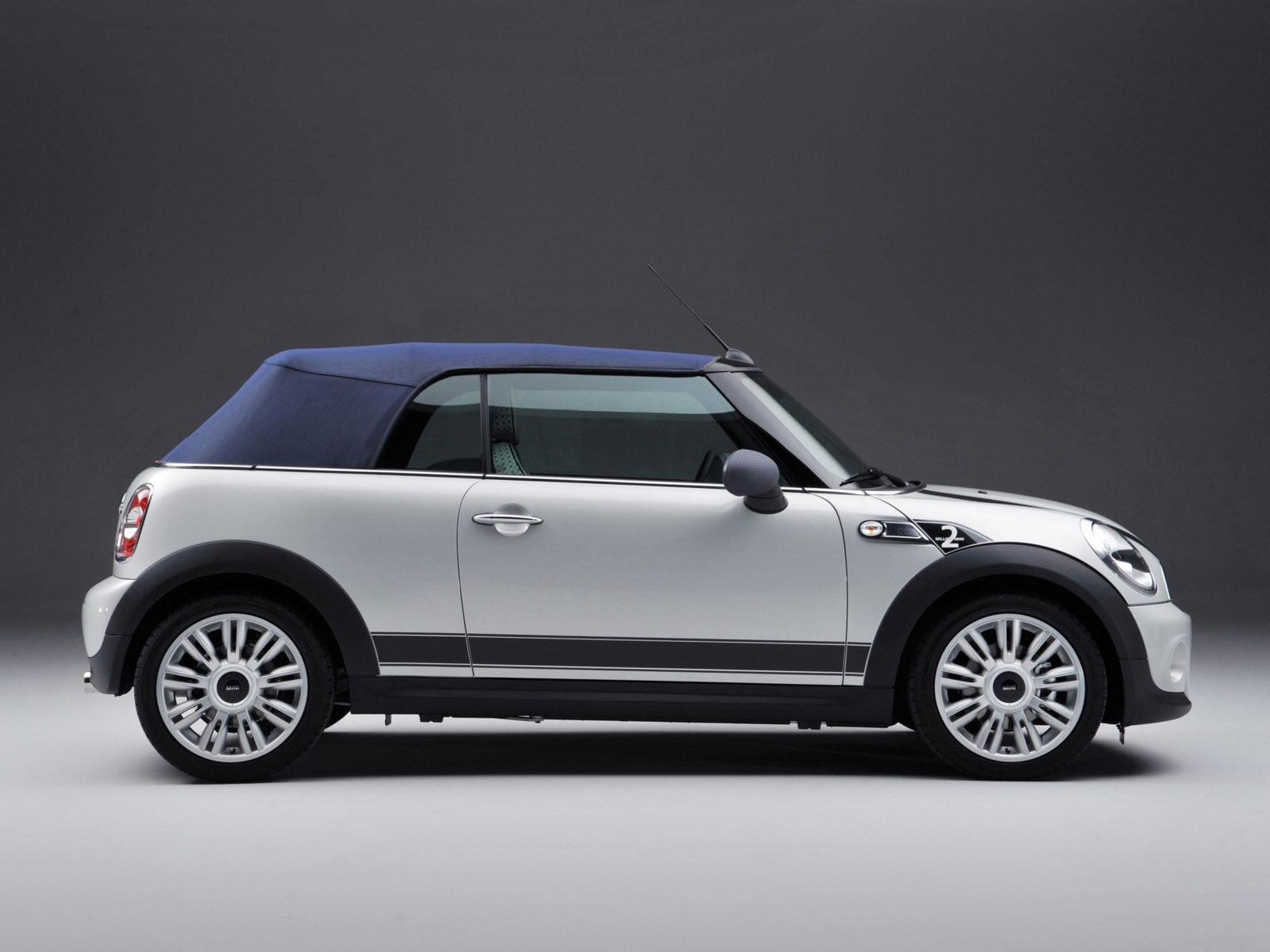 Mad 4 Wheels - 2011 Mini Cooper cabriolet - 2 millionth - Best ...