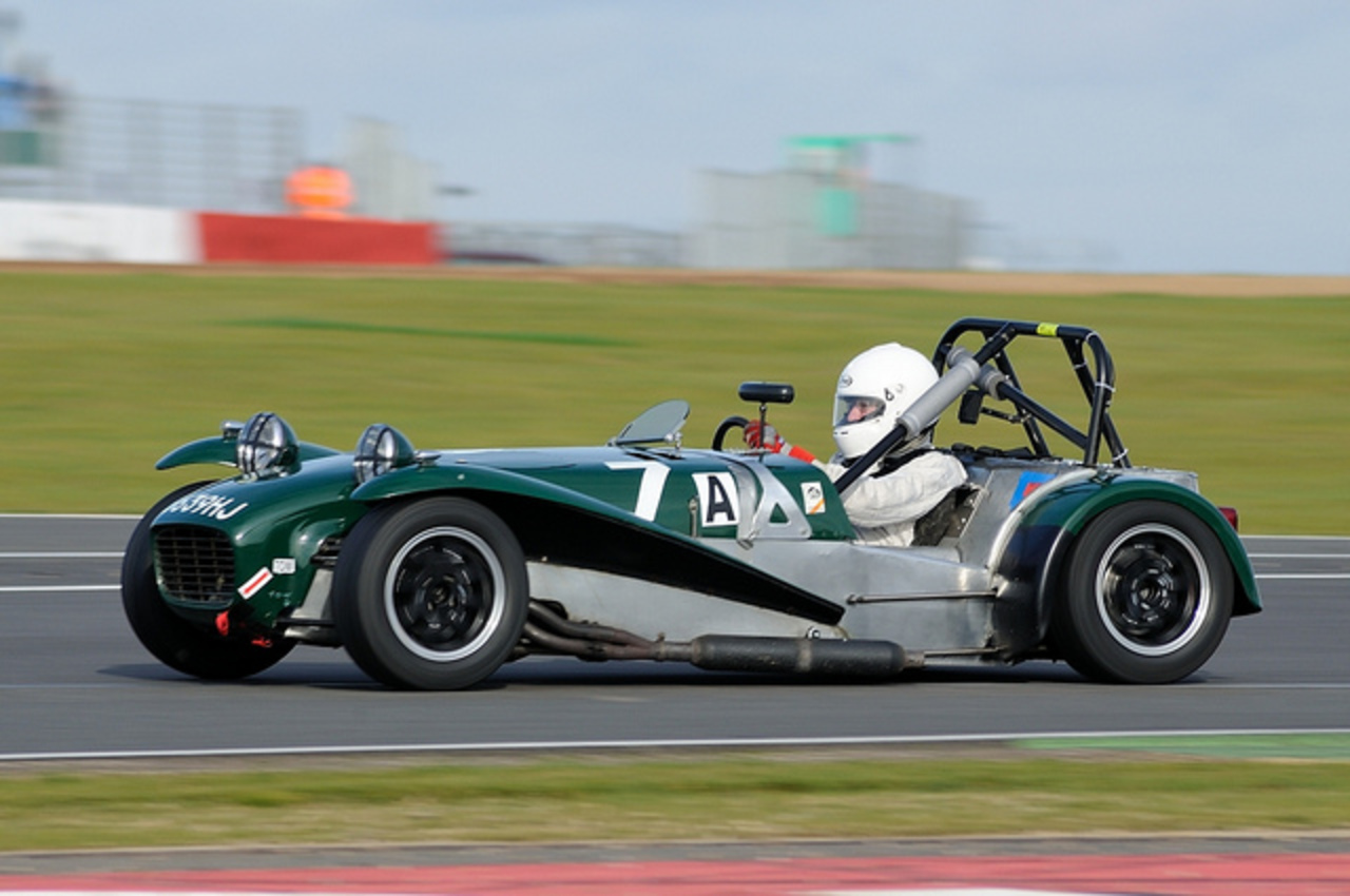 750MC Birkett 6hr Relay 2011:Silverstone - John Hutchinson - Lotus ...