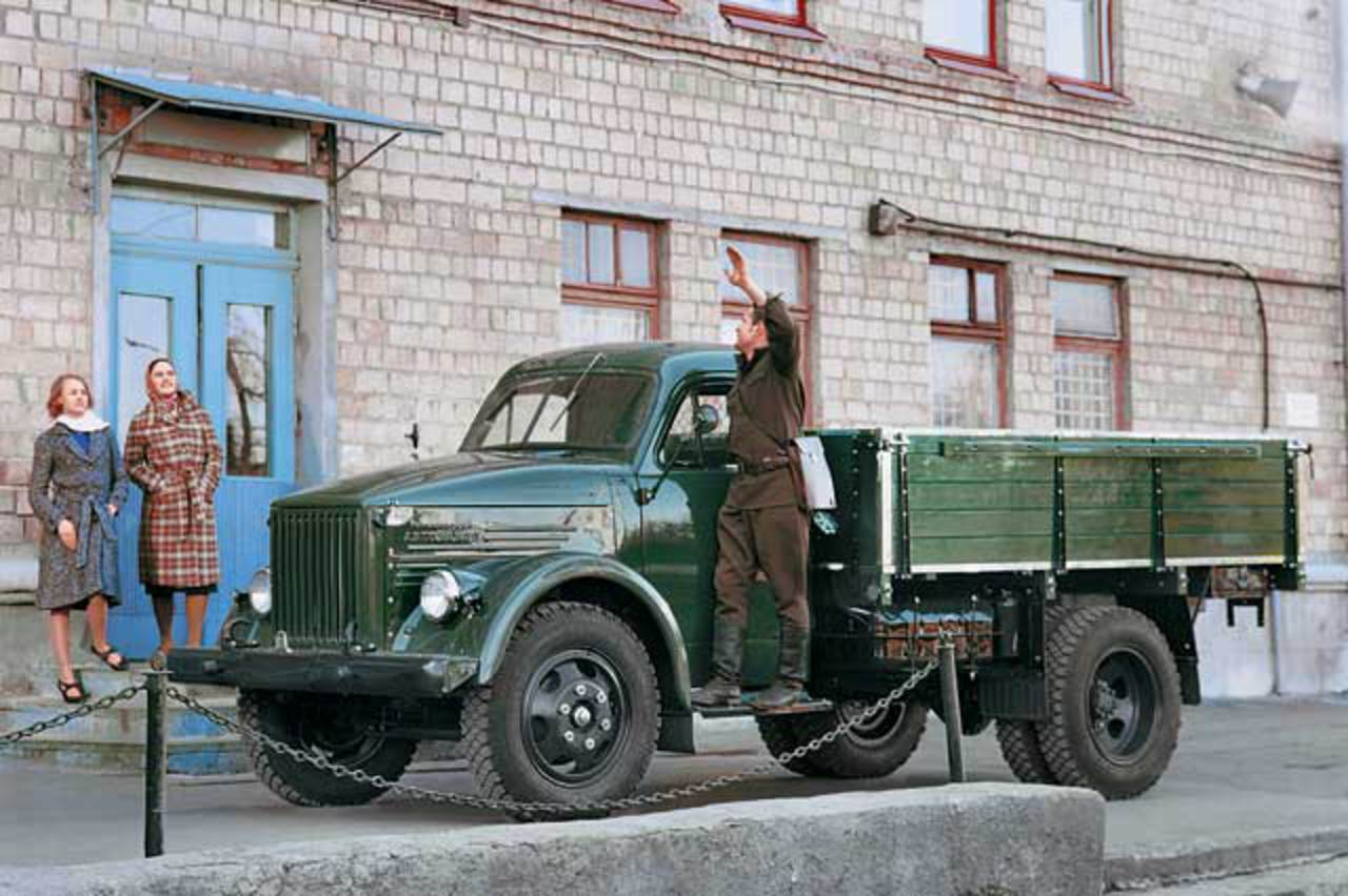 GAZ-51 truck based on Cadillac Escalade