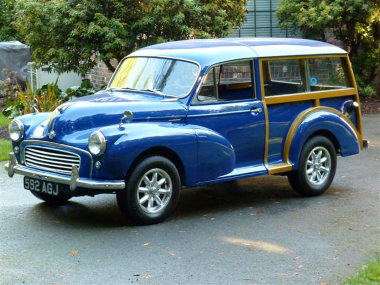 The Morris Minor Traveller