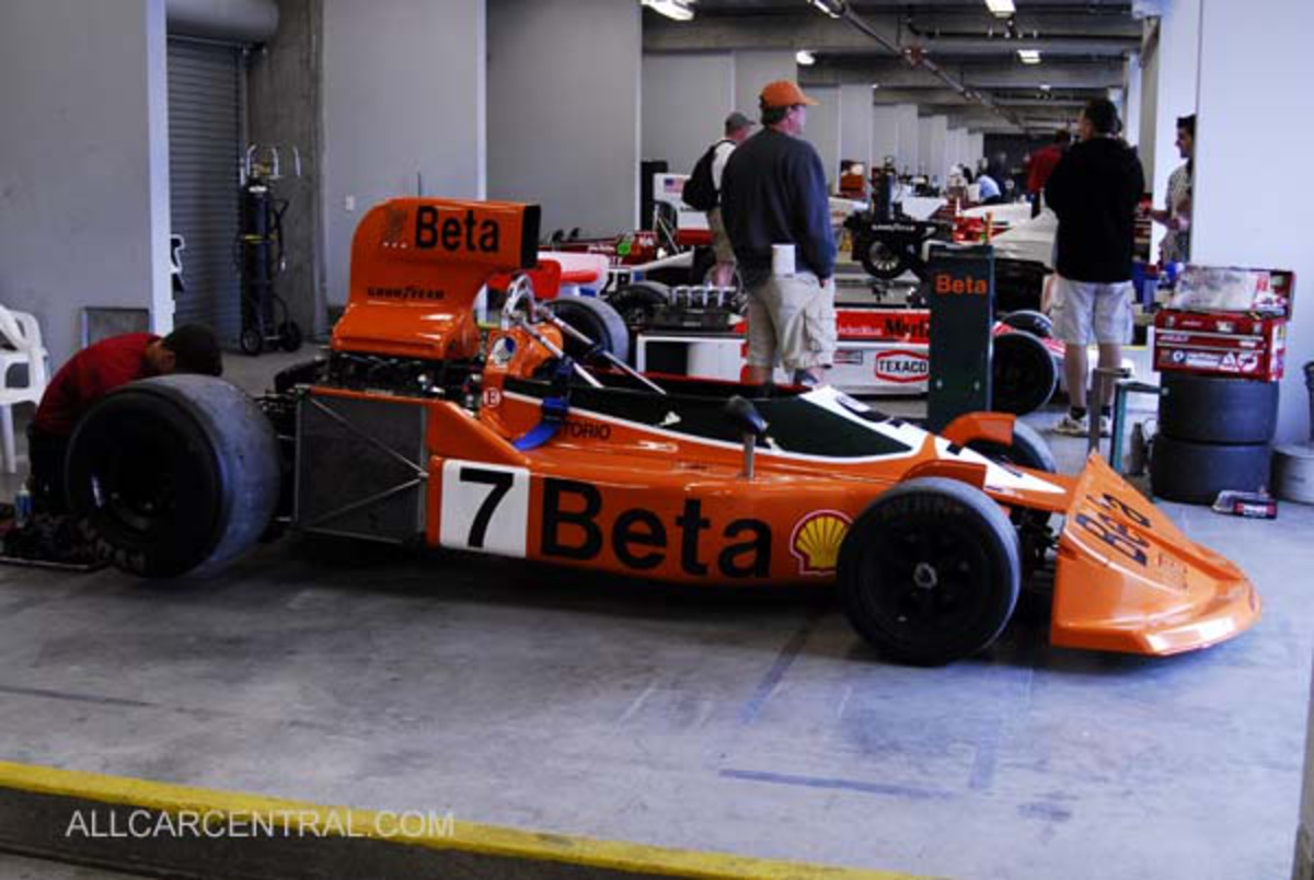 Monterey Historic Automobile Races, 2008 photographs and technical ...