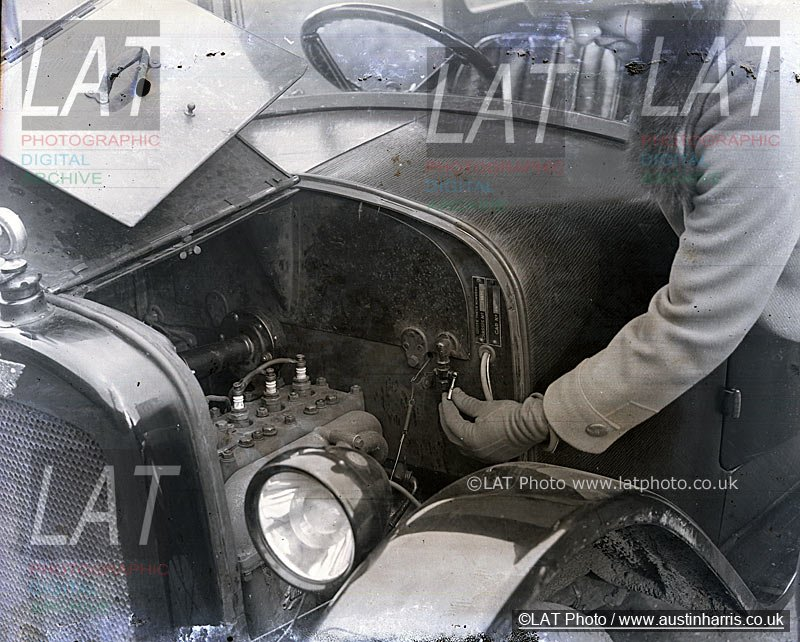 Austin Seven Saloon engine bay | Austin Harris