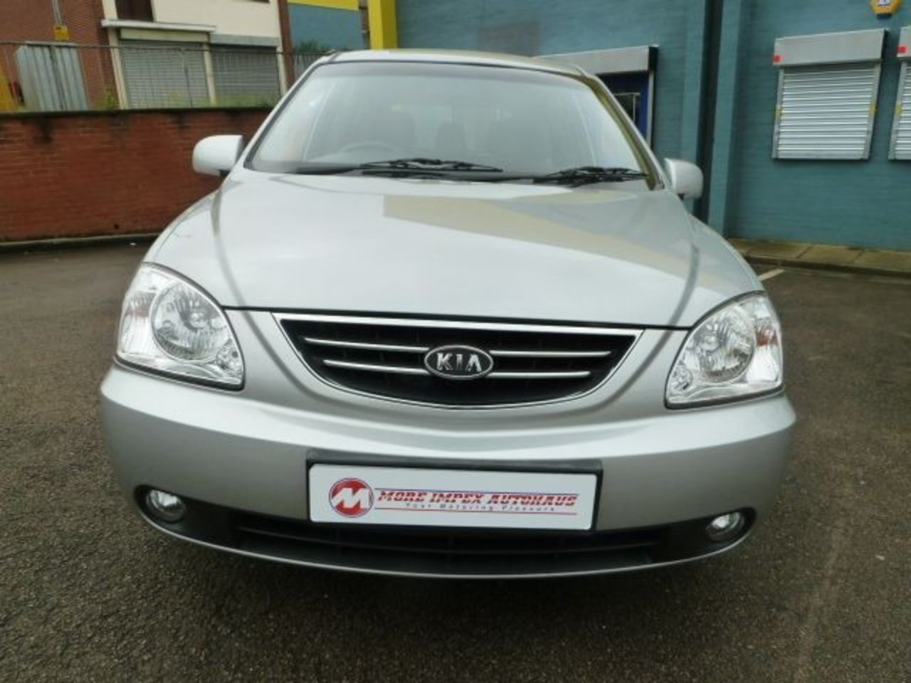 Kia Carens LX 16v Crdi for sale in Northampton Northamptonshire ...
