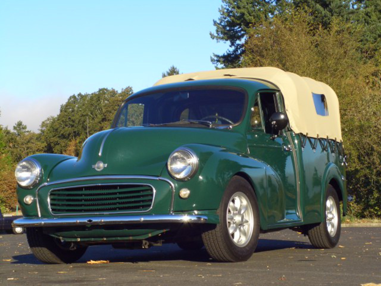 Morris minor cab. Best photos and information of modification.