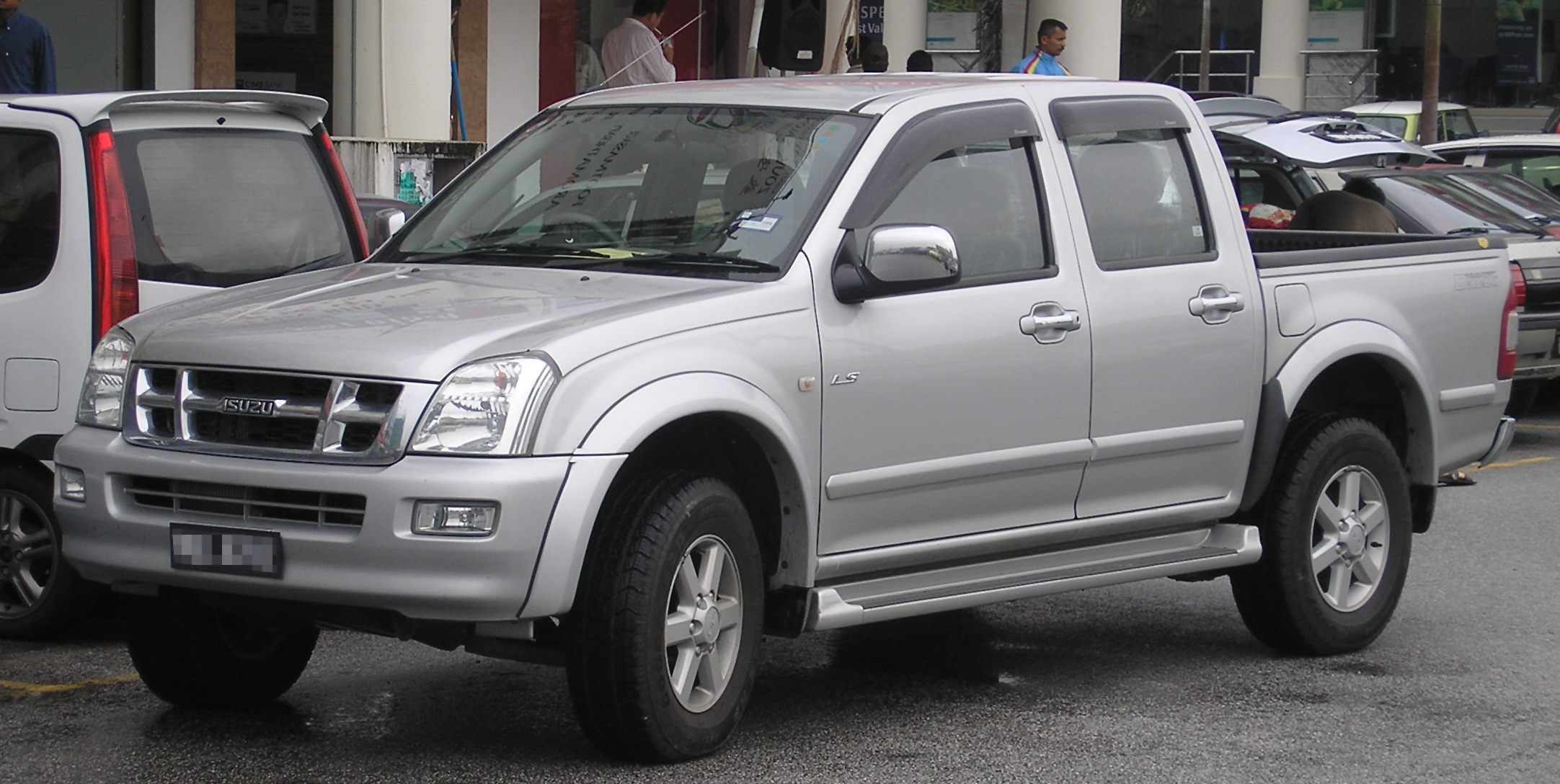 Isuzu D-max | The Truth About Cars