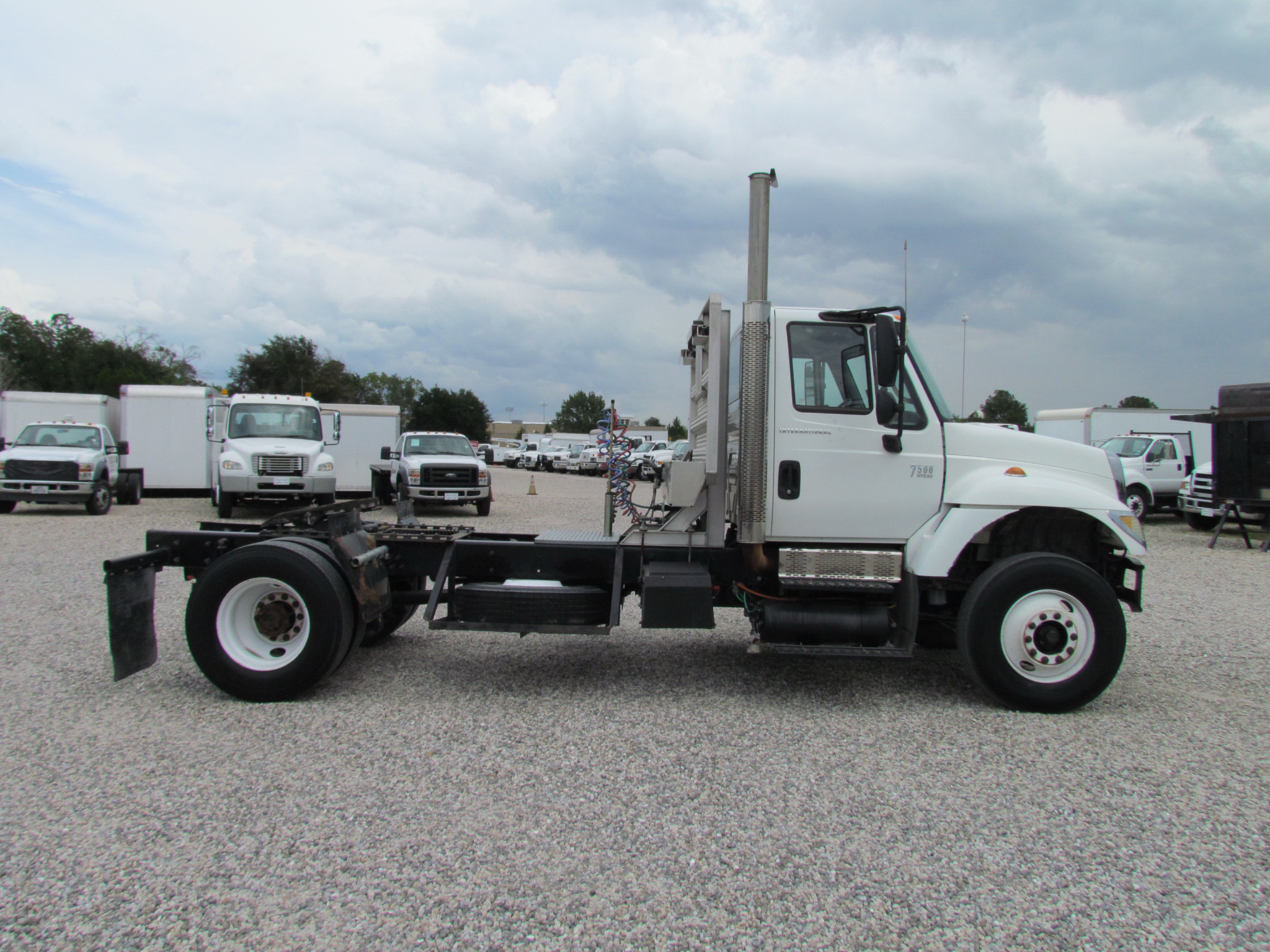 2003 International 7500 for sale - Page 1 | Payload Global