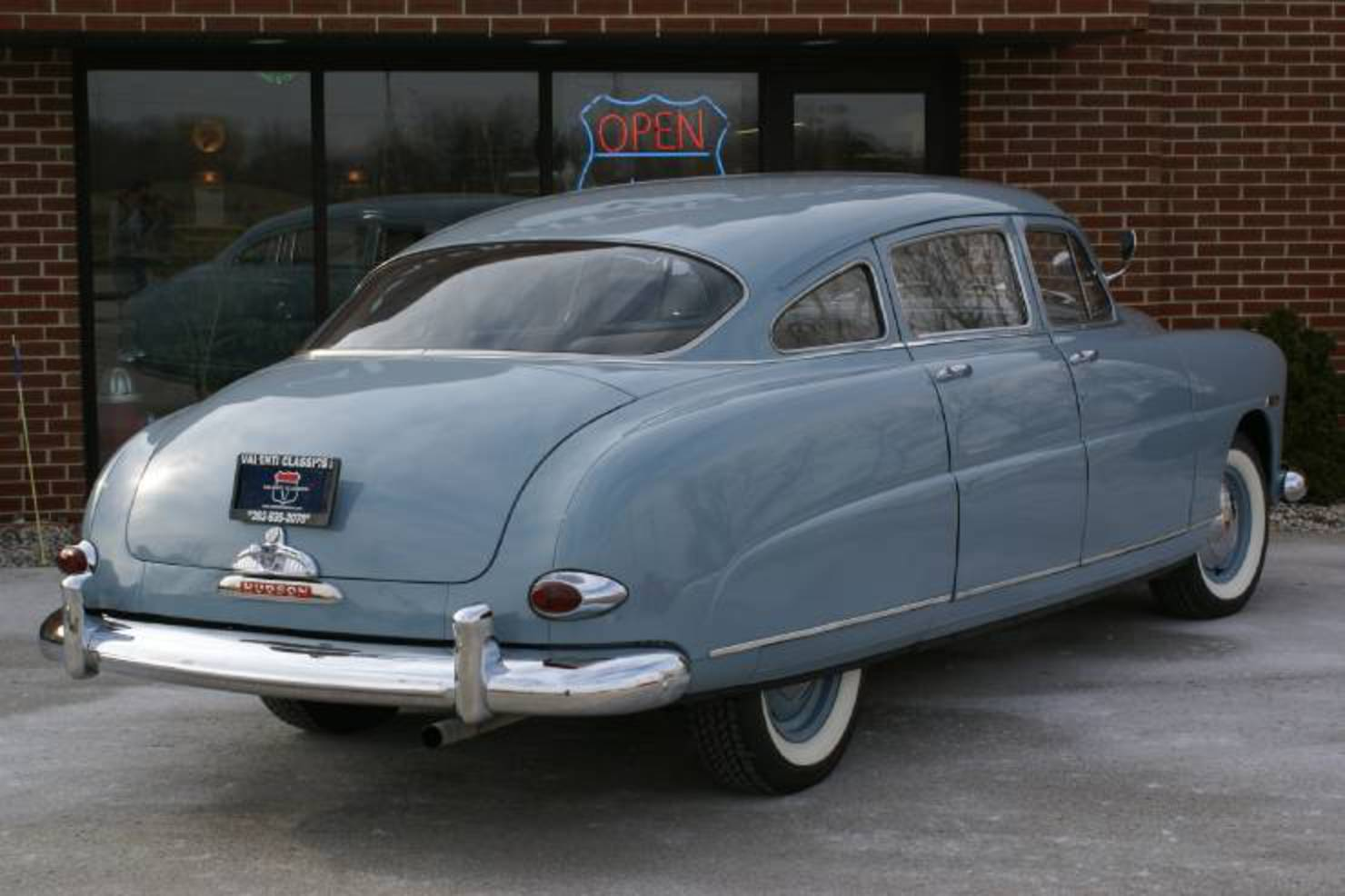 Hudson Hornet Super: Photo gallery, complete information about ...