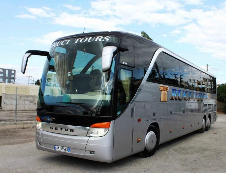 Bus and Coach Photos - Setra 417-