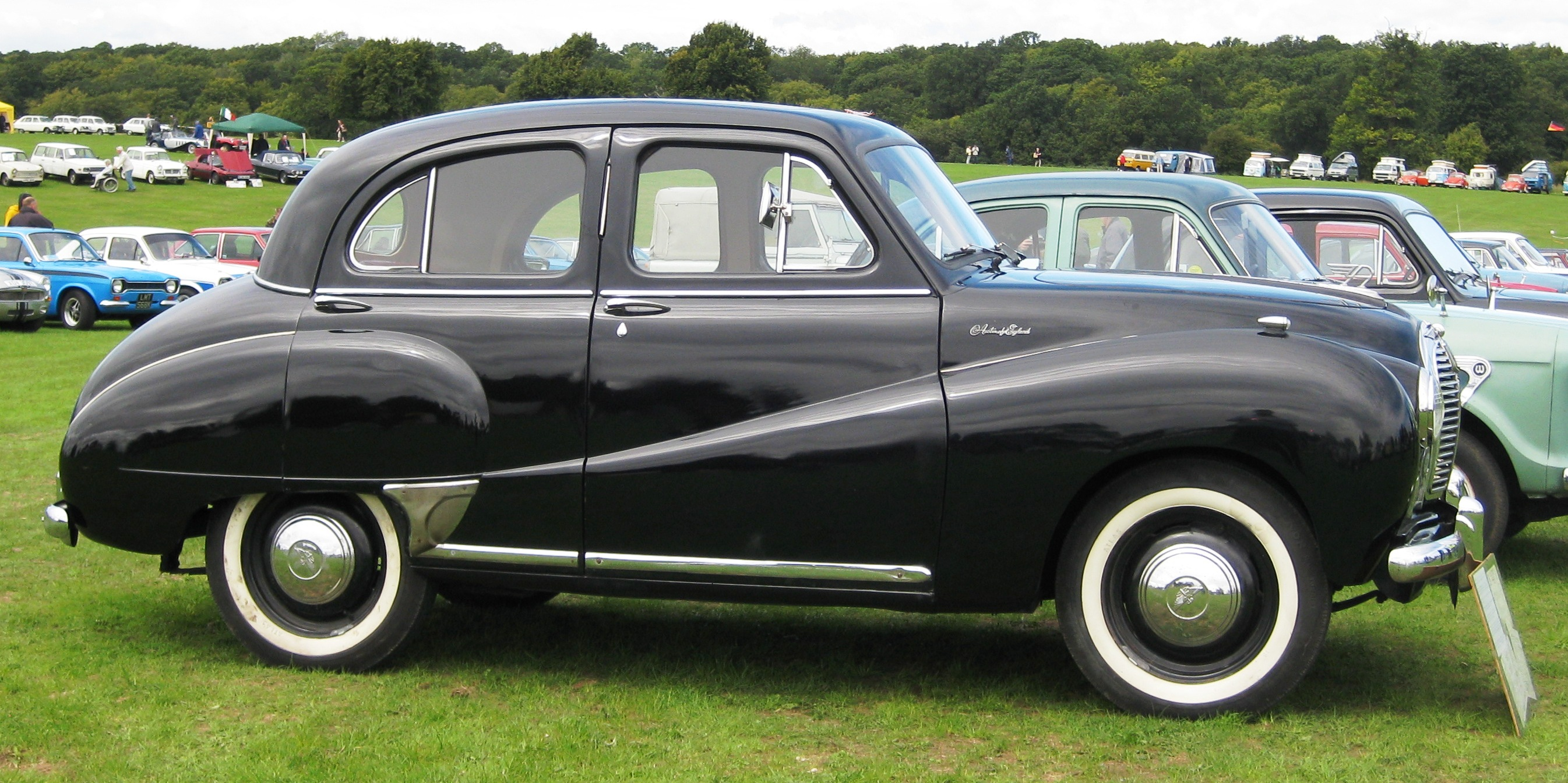 File:Austin A40 Somerset in profile January 1954 ca 1200cc.JPG ...