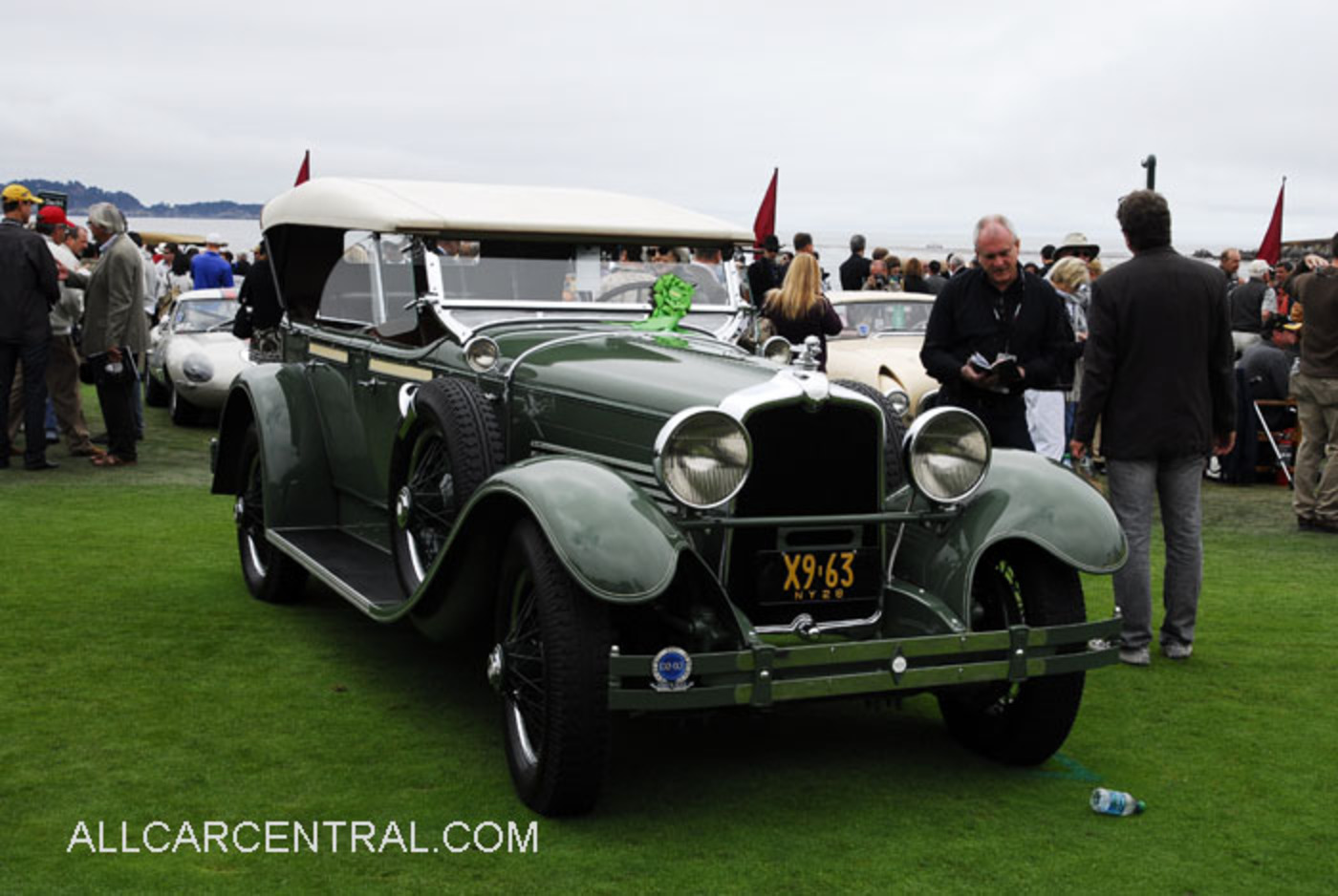 Stutz photographs and Stutz technical data - All Car Central ...