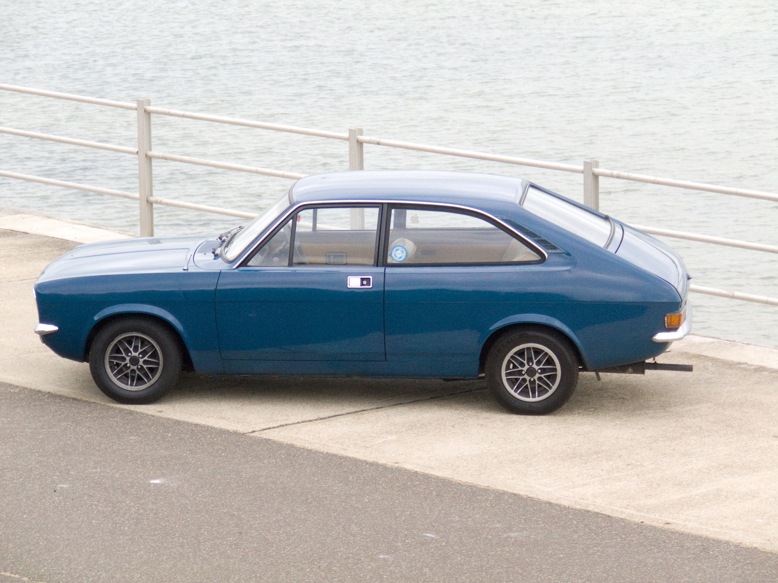 File:Morris Marina Coupe.jpg - Wikimedia Commons