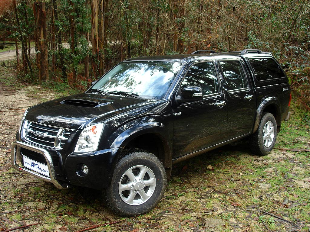 Isuzu D-Max 2007 - Mad 4 Wheels