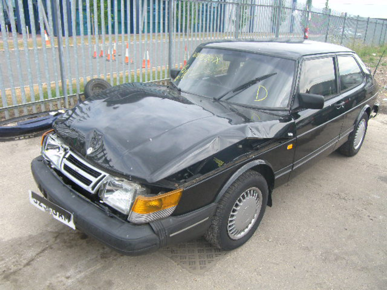 SAAB 900 I 16V Cat C Salvage Auction