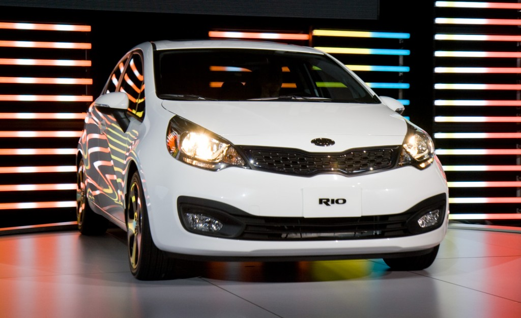 Kia Besta Photo Gallery: Photo #05 out of 11, Image Size - 625 x ...