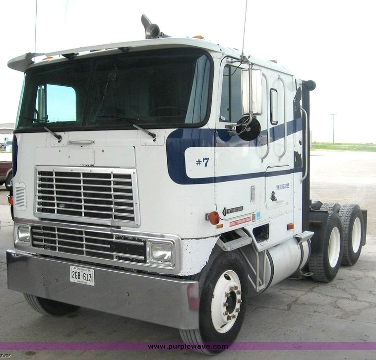 1999 International 9800 cab-over semi truck | no-reserve auction ...
