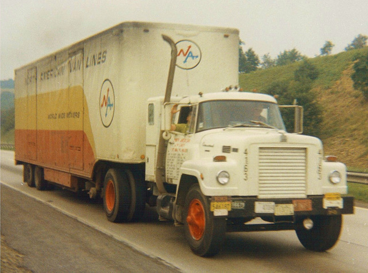 International Fleetstar 2000. MotoBurg