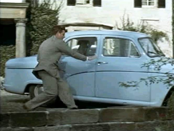 "IMCDb.org: 1957 Austin A55 Cambridge MkI [HS6] in ""The 39 Steps, 1959"""