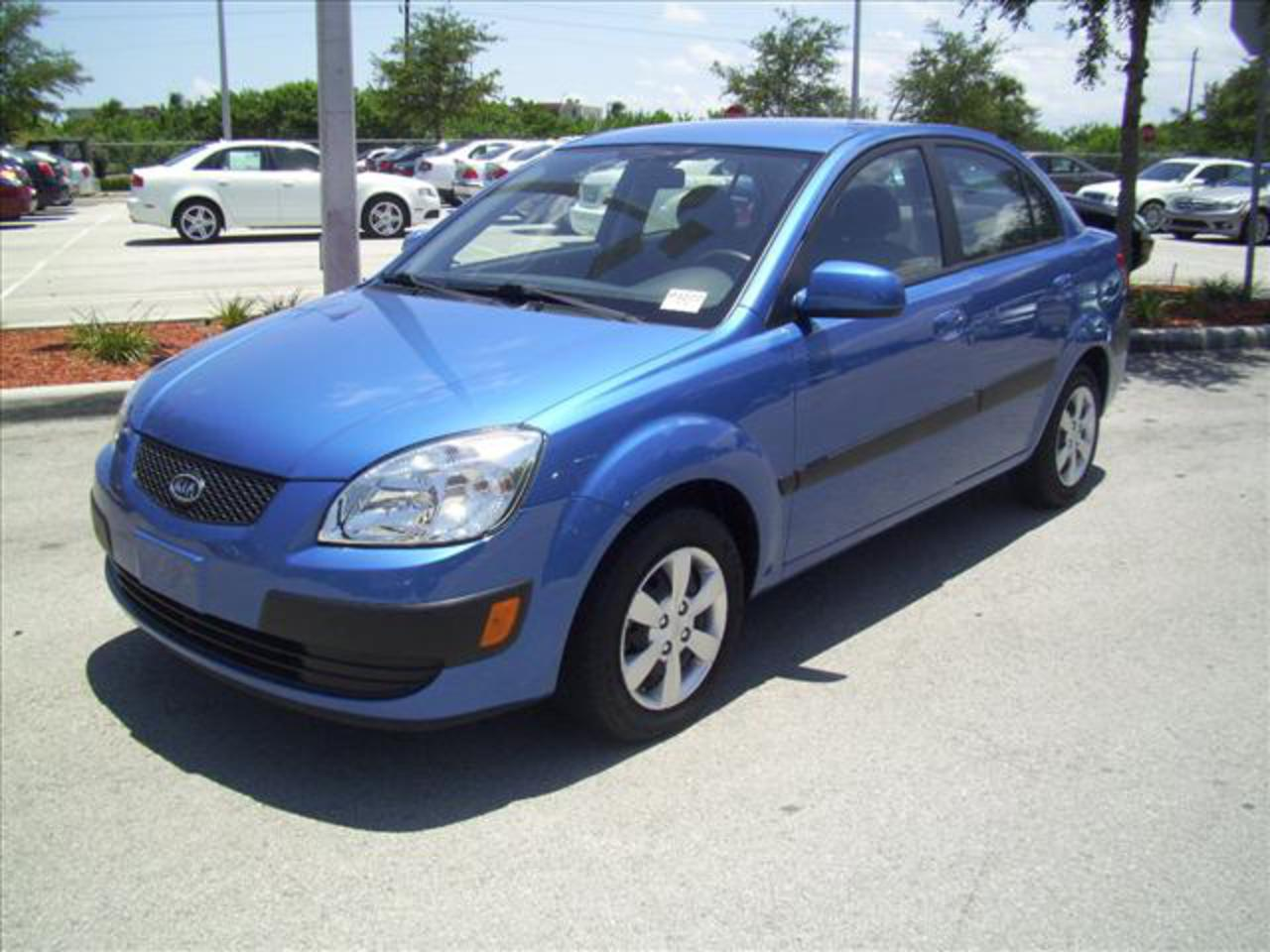 Kia Rio JB 14 LX: Photo gallery, complete information about model ...