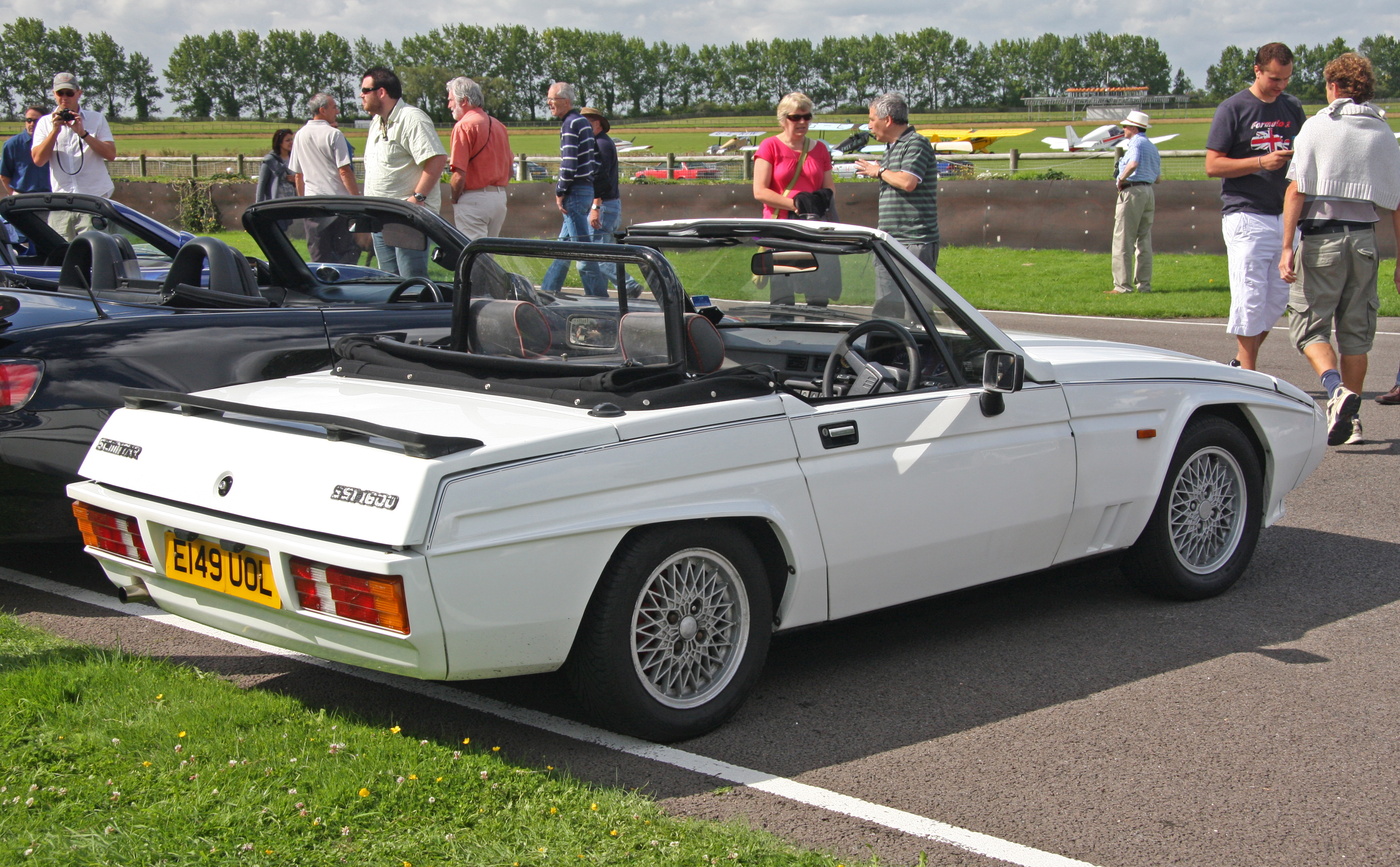File:Reliant Scimitar SS1 - Flickr - exfordy.jpg - Wikimedia Commons