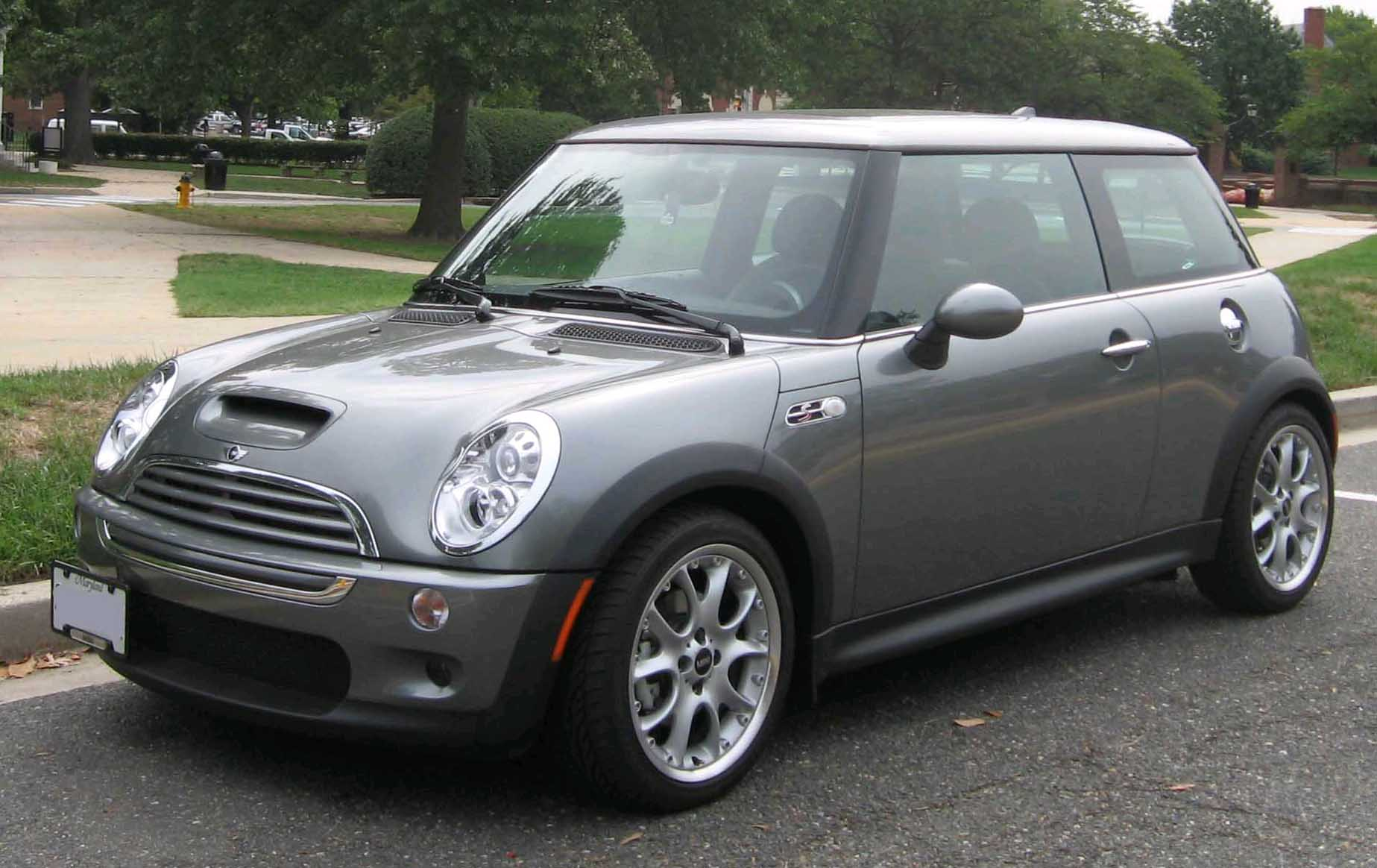 File:1st-Mini-Cooper-S.jpg - Wikimedia Commons