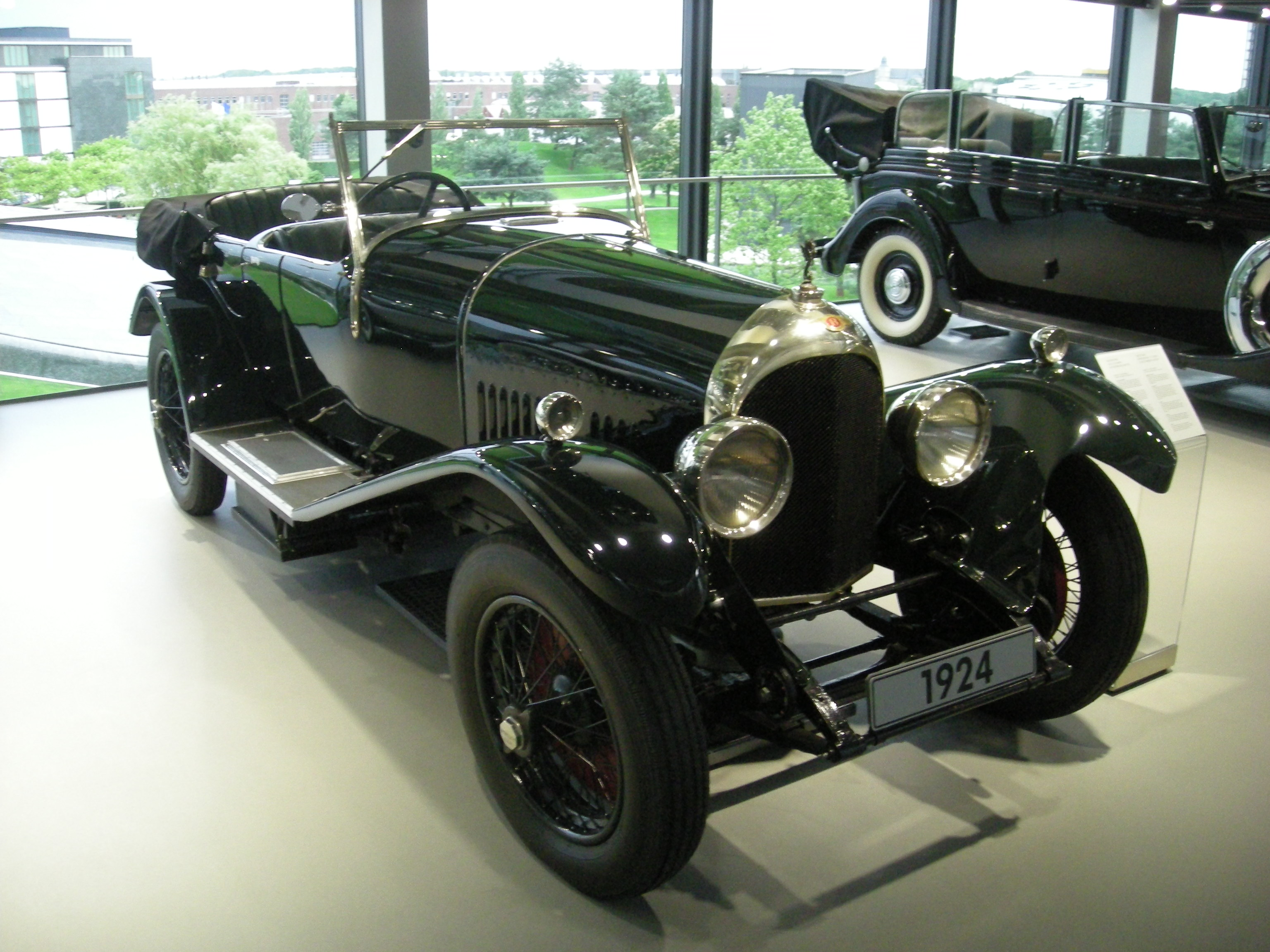 A 1924 Bentley 3 Litre Speed inside the ZeitHaus at Autostadt in ...