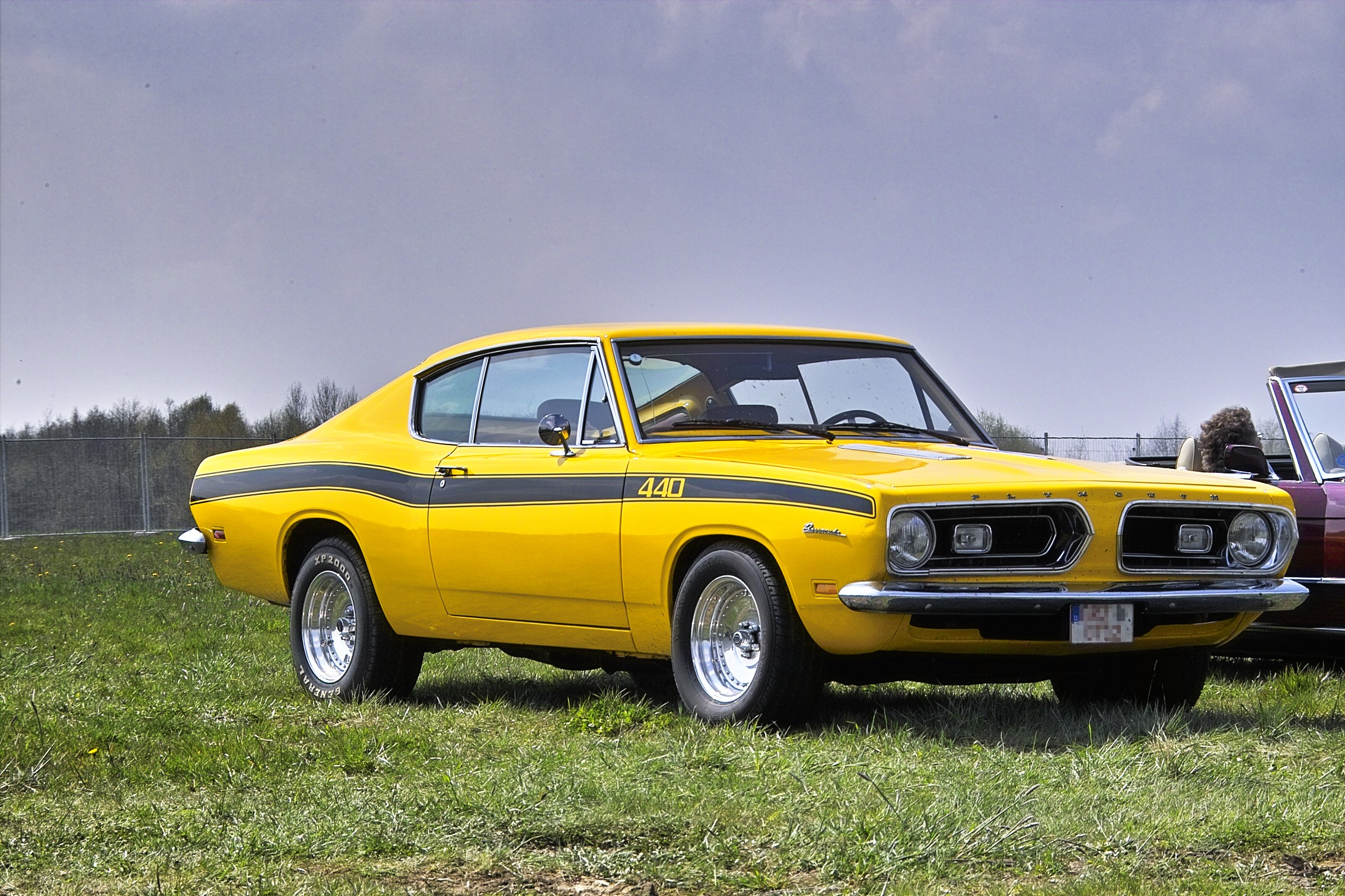 File:Plymouth barracuda 440 1969 front.jpg