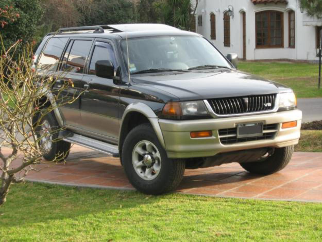 Mitsubishi Nativa V6 - cars catalog, specs, features, photos, videos,