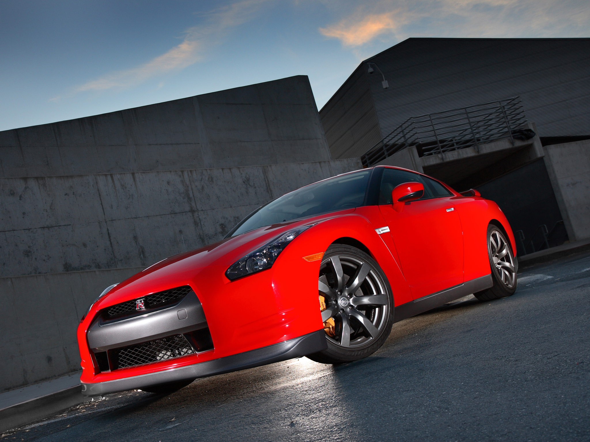 Photo Gallery: 2009 Nissan GT-R. July 17, 2008 | The GT-R is back!