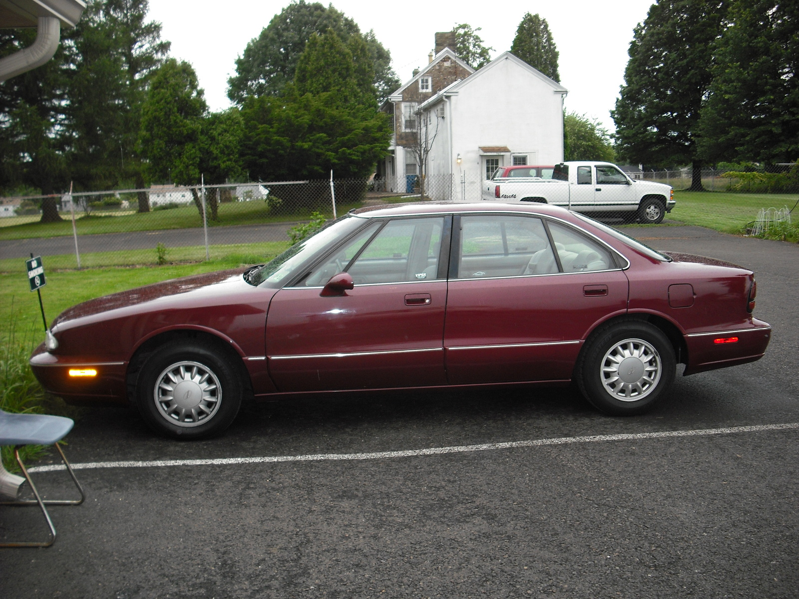 The 1995 Oldsmobile 88 is created by Oldsmobile.