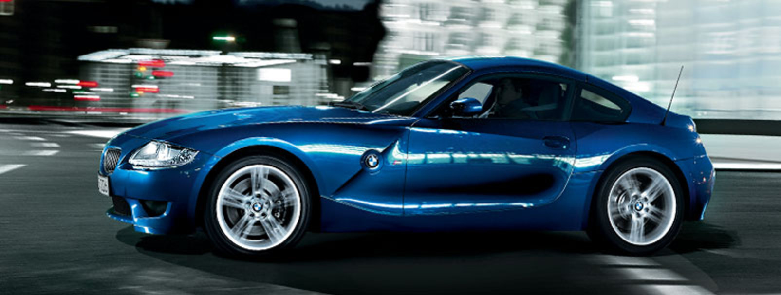 Even when stationary, the design of BMW Z4 M Coupé still resonates with