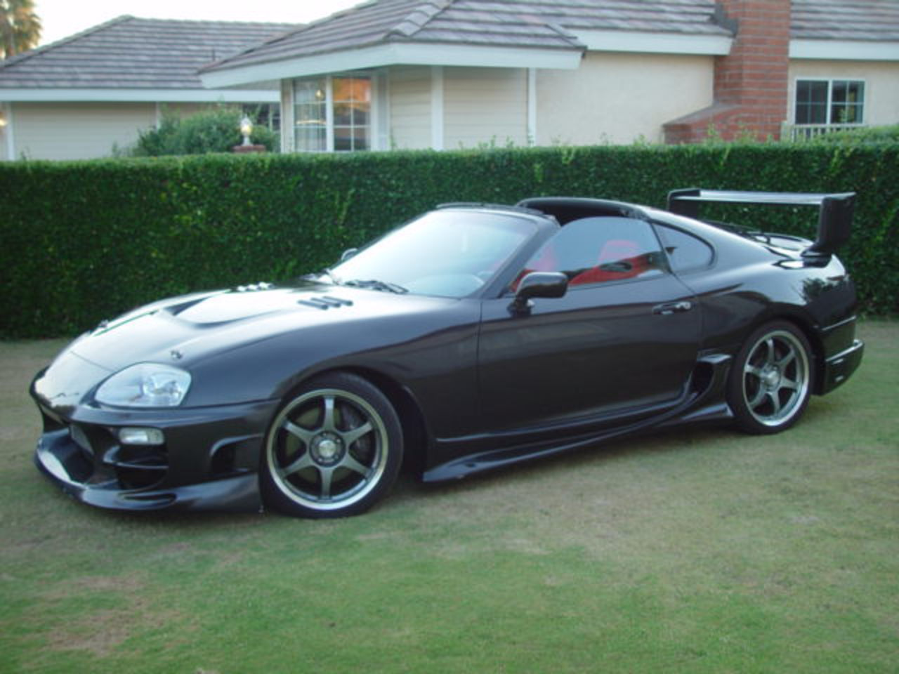 1995 Toyota Supra picture · 175 pictures · 14 videos · 20 reviews