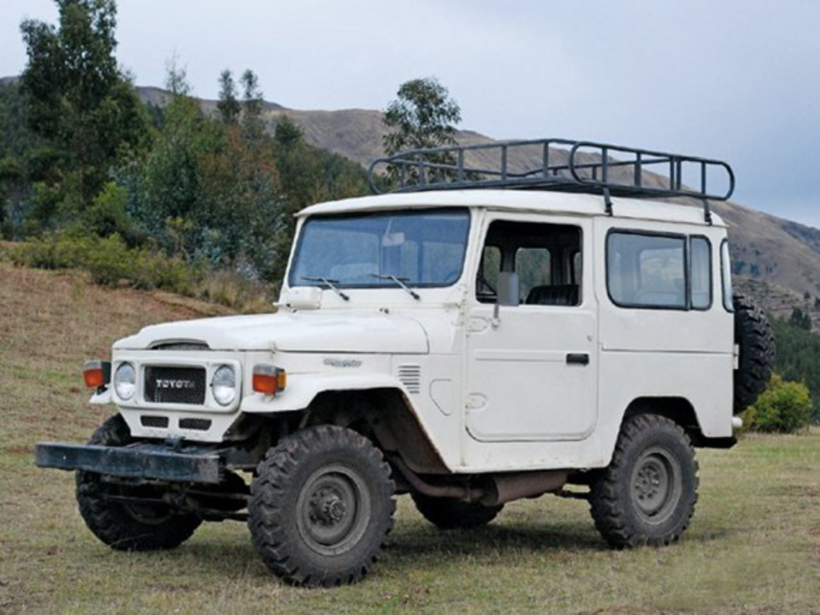 Toyota Land Cruiser FJ40 Look at the 2007 Toyota FJ Cruiser and you see